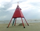 Corpo é encontrado a beira mar