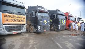 949585-caminhoneiros_2930