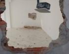 Em ação ousada, criminosos quebram paredes para arrombar caixa eletrônico em Capão da Canoa