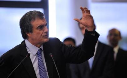 José Eduardo Cardozo fará um amplo debate para aperfeiçomento do ECA a pedido da presidenta Dilma RousseffJosé Cruz/Agência Brasil