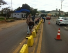 Comunidade se une e faz pintura de segregadores da RS 030 em Santo Antônio da Patrulha