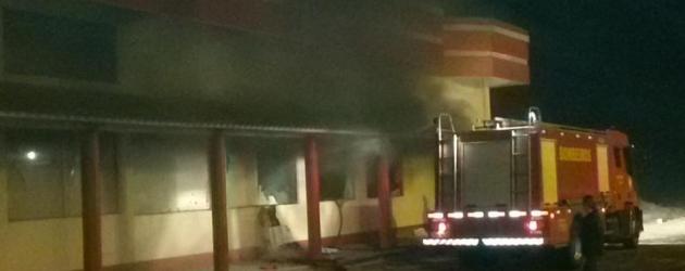Um dia antes de inaugurar, loja pega fogo em Cidreira
