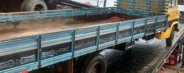 Polícia Civil apreende caminhões clonados e com suspeitas de adulteração