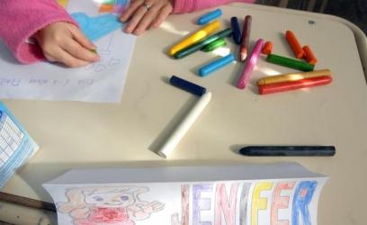 Produtos fabricados no Brasil, como caneta, borracha e massa escolar, podem aumentar até 12% Arquivo Agência Brasil