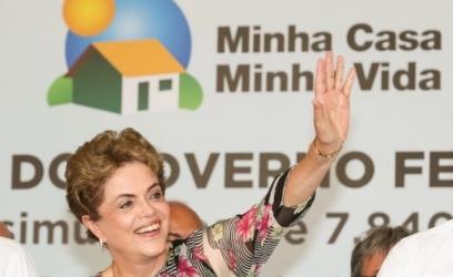 Presidenta Dilma Rousseff diz durante cerimônia de entrega de unidades habitacionais em Indaiatuba, São Paulo, que sociedade precisa se engajar no combate ao Aedes aegypti Roberto Stuckert Filho/PR