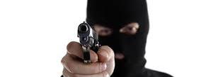 Criminosos disparam contra vítima durante assalto em Tramandaí