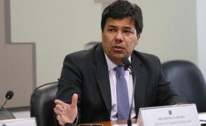 """O ministro Mendonça Filho disse que o Mediotec """"dá mais autonomia para que os jovens definam o seu futuro do ponto de vista educacional das escolas de formação"""" Fabio Rodrigues Pozzebom/Agência Brasil"""