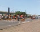 Manifestantes bloqueiam ERS-786