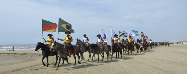 33ª Cavalgada do Mar chega a Imbé
