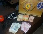 Dupla é presa por tráfico de drogas em Balneário Pinhal