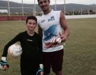 Atleta da escolinha do GAO se apresenta no Internacional
