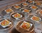 Rádio comunitária realiza doação de marmitas para população carente em Osório