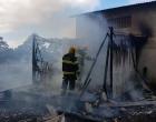 Bombeiros controlam incêndio em prédio de Osório