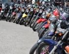 Um terço dos motociclistas envolvidos em acidentes fatais no RS não estava habilitado
