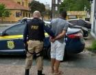 Foragido trafega em alta velocidade com veículo na Freeway e acaba preso