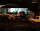 Tramandaí: motorista perde controle do veículo e colide em carro estacionado em pátio