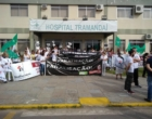 Funcionários do hospital de Tramandaí bloqueiam a Ponte Giuseppe Garibaldi