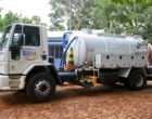 Corsan inicia projeto piloto de limpeza de fossas no Litoral