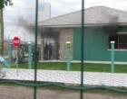Bombeiros controlam princípio de incêndio em residência de Atlântida Sul