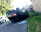 Criminosos capotam carro durante perseguição pelas ruas de Tramandaí e Imbé