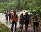 Dezenas ficam ilhados após rio subir em Maquiné