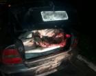 BM detém homem que transportavam boi no porta-malas de veículo em Tramandaí