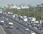Capotamento deixa trânsito lento na Freeway