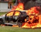 Tiros e veículo incendiado deixa pessoa ferida em Torres