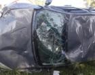 Assaltantes capotam automóvel e são presos após perseguição e tiroteio em Cidreira