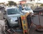 Cavalo com carroça foge em disparada e atinge veículos em Osório