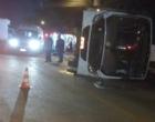 Colisão entre ônibus e caminhão deixa 35 feridos na ERS-030