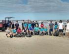 Ação recolhe cerca de uma tonelada de resíduos da beira-mar de Tramandaí