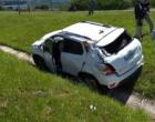 Três pessoas ficam feridas em acidente na BR-101