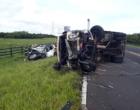 Colisão entre caminhão e caminhonete mata jovem na Estrada do Mar em Osório