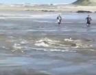 VÍDEO: após minutos de sufoco no mar, idoso é resgatado com vida no Litoral