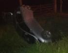 Criminosos capotam veículo roubado durante fuga na ERS-030