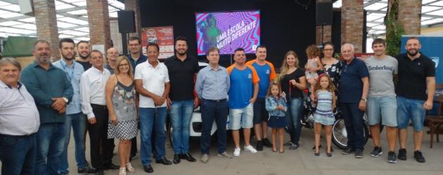 Acio realiza entrega de veículos da Campanha Sonhe com o Natal dos Bons Ventos
