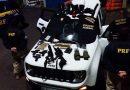 Osório: PRF prende integrantes de facção criminosa com armamento pesado e uniformes da Polícia Federal