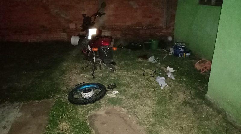 BM localiza desmanche de motos furtadas em Tramandaí