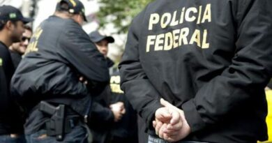 A Polícia Federal prendeu na madrugada de hoje (1º) um estrangeiro investigado em Portugal por homicídio qualificado, após matar um homem a pedradas em 2011.