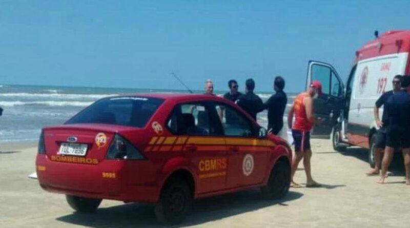 Homem morre afogado no mar de Xangri-Lá