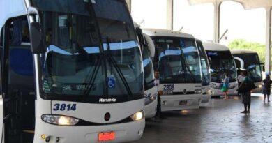 Linhas intermunicipais de ônibus terão 292 novos horários no verão para evitar disseminação do coronavírus