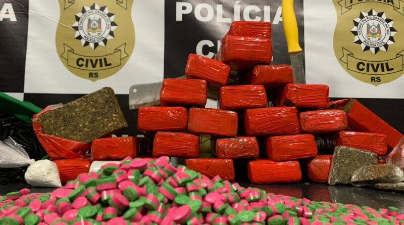 Depósito de drogas sintéticas é descoberto