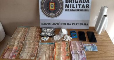 Denúncia leva a apreensão de mais de 100 porções de cocaína em Santo Antônio da Patrulha